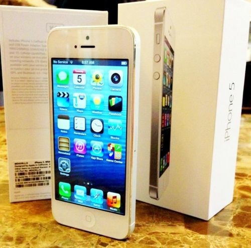 IPHONE 5 blanco  LIBRE PRECINTADO