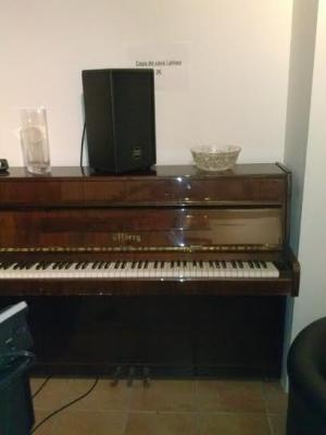 Vendo piano offberg