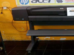 PLOTTER HP DESIGNJET 800 42""